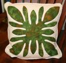 Roberta H Muller - Authentic Hawaiian Quilt Pillow Cover - Leaf
